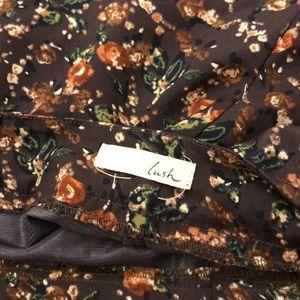 Lush Shorts - Flowy flower print shorts